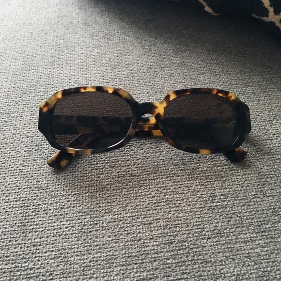 88d201fbf0b Fendi Accessories - AUTHENTIC VINTAGE Fendi Turtle Sunglasses